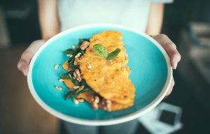 veggie-omelette-breakfast-ideas-quick-easy