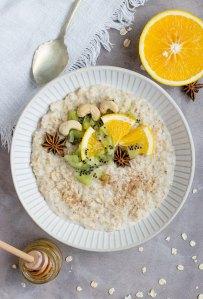 oatmeal-simple-breakfast-idea